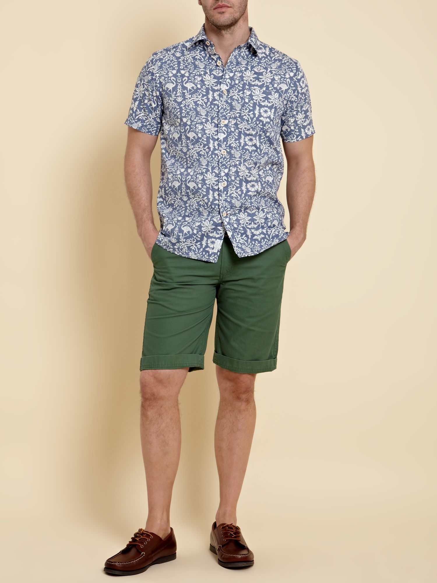 Short sleeved vegas printed shirt