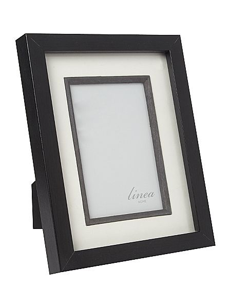 Black wood photo frame 4x6