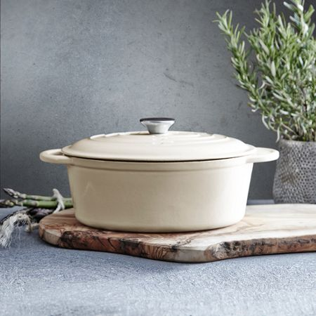 Linea Cream cast iron oval casserole, 27cm