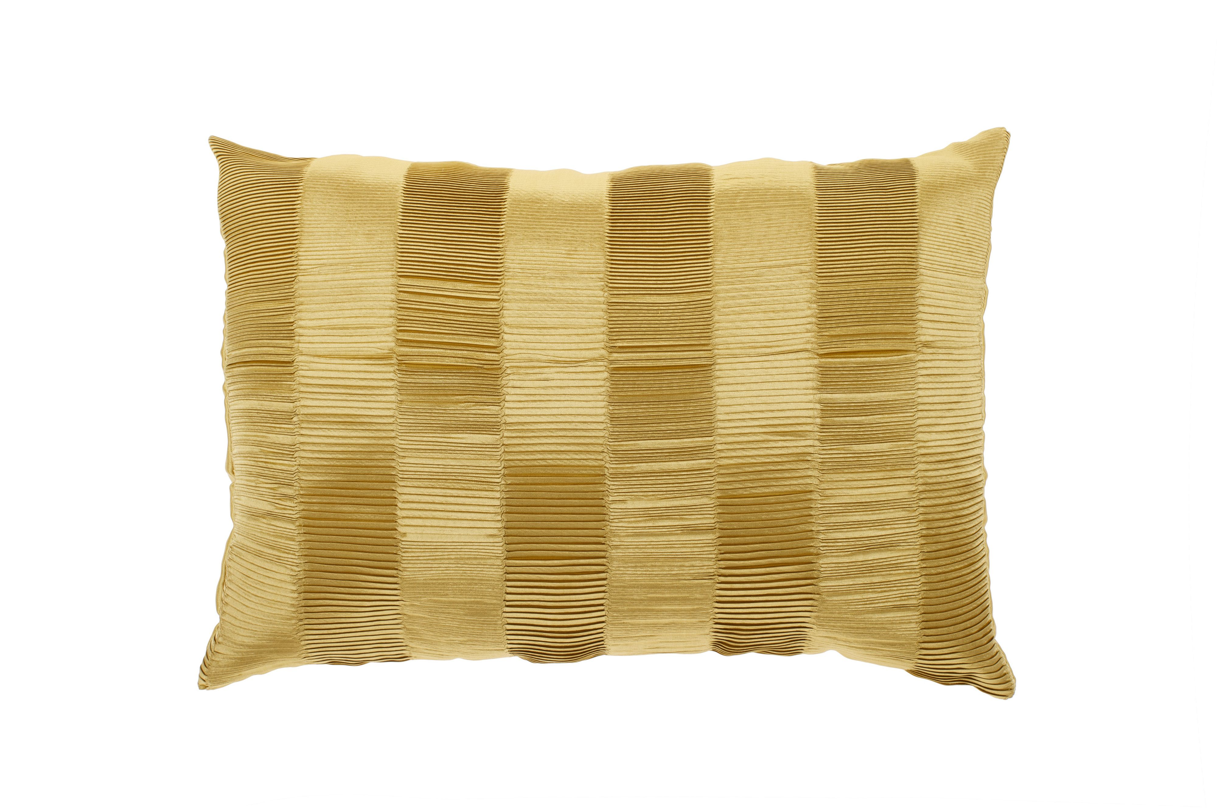 Heat pleat cushion in chartreuse