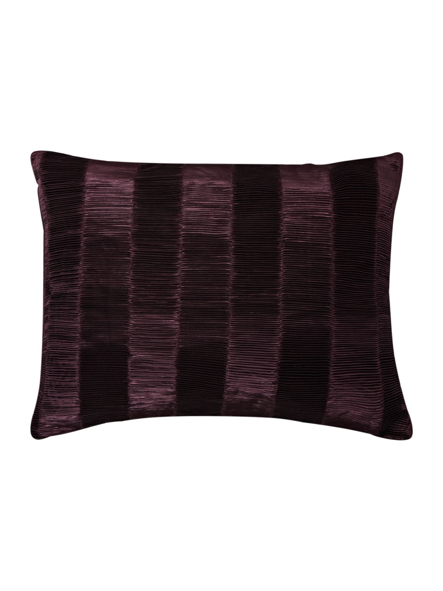 Heat pleat cushion in plum