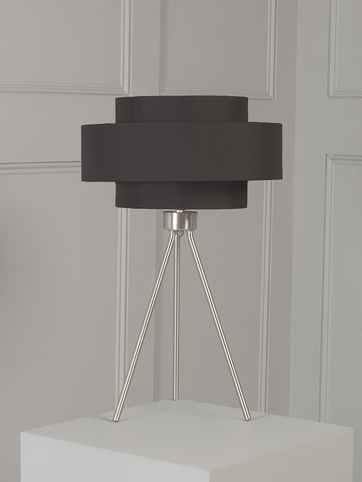 Noho tripod table lamp