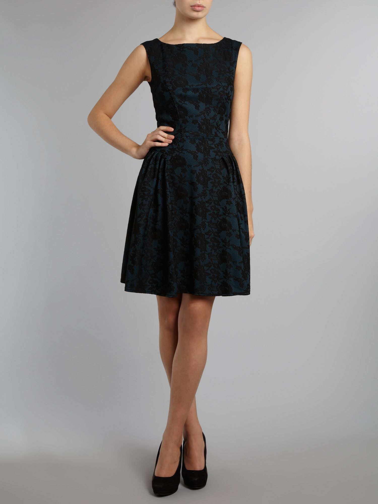 Lace panel gathered dress