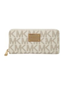 Michael Kors Jet set plaque ziparound purse