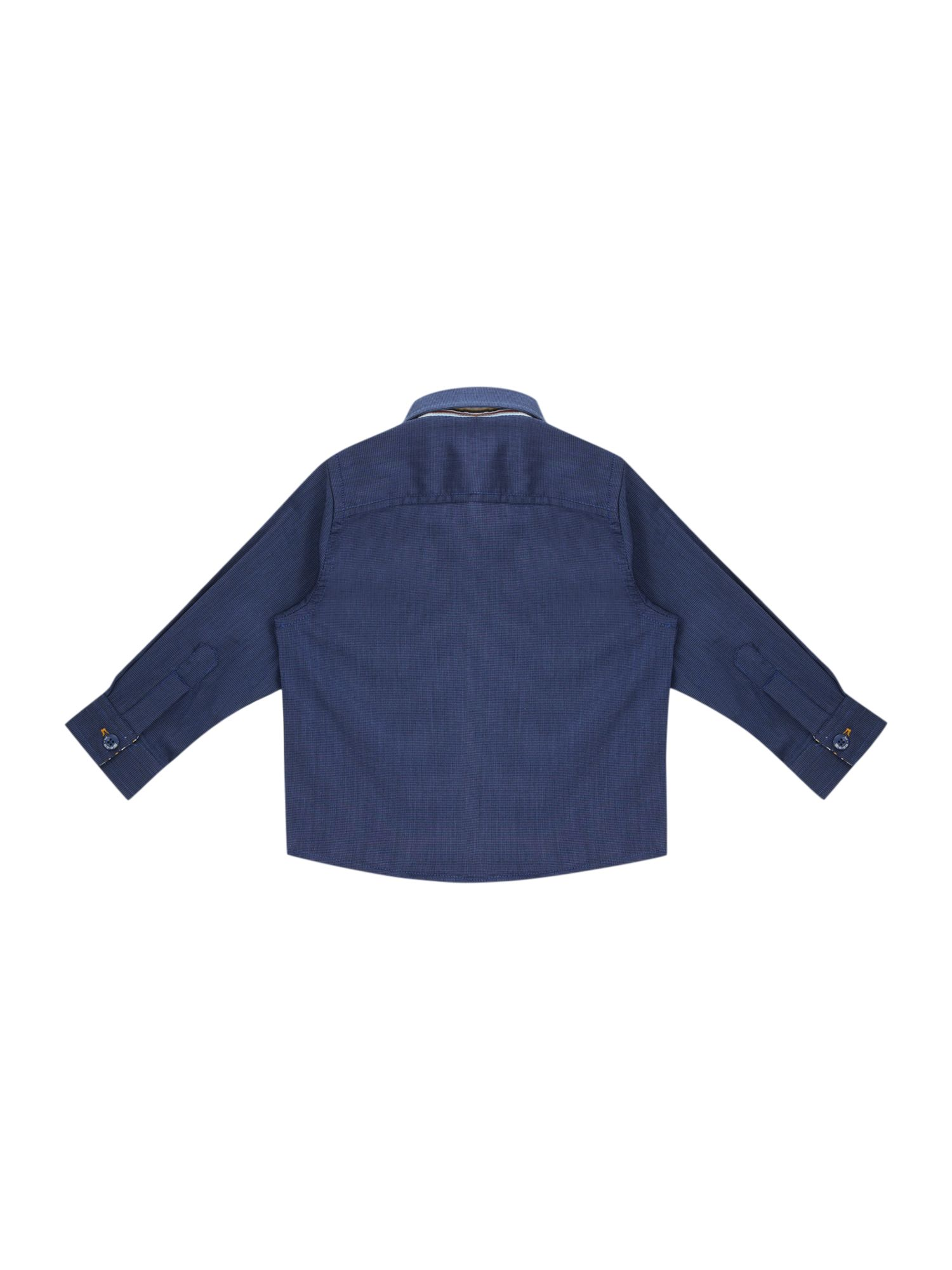 Boy`s long-sleeved classic shirt