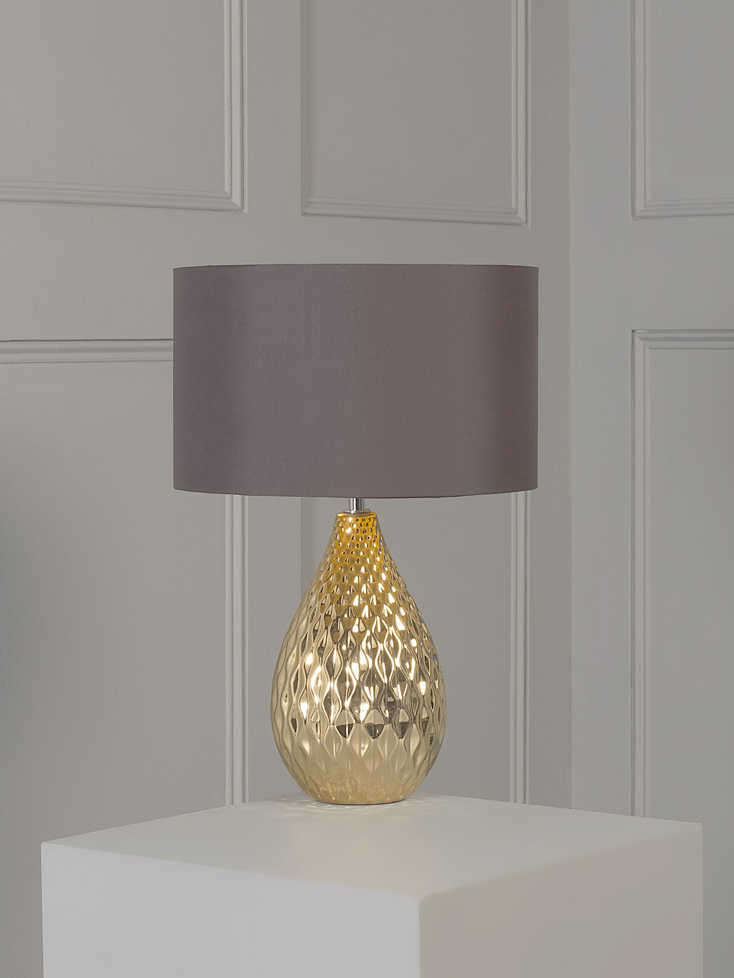 Gold faceted table lamp