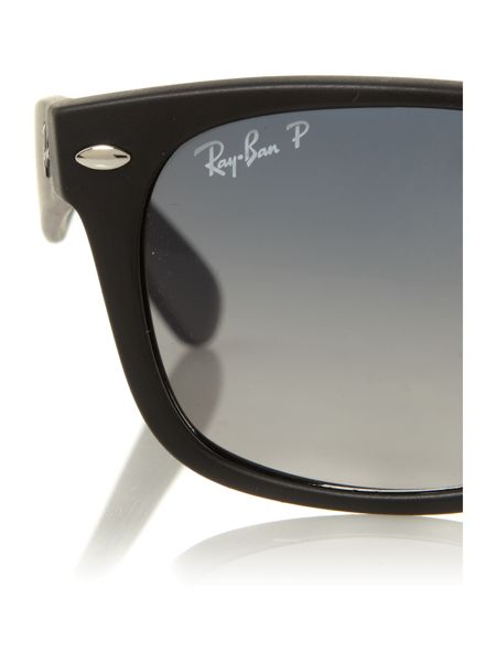 Ray-Ban Ray-Ban unisex RB2132 black new wayfarer sunglass