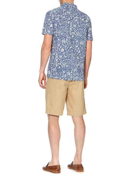 Howick Flat front shorts