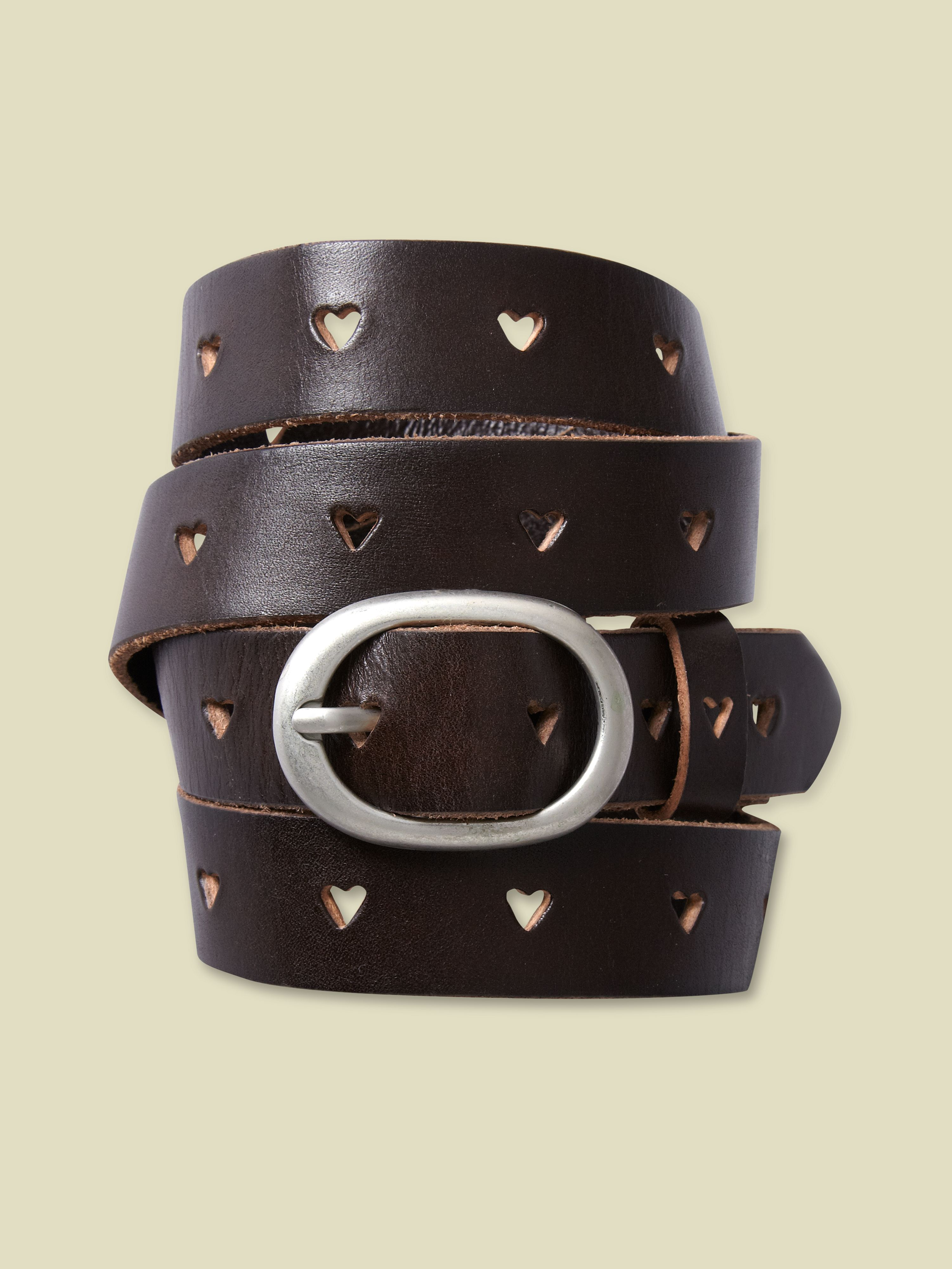 Heart cut out skinny belt