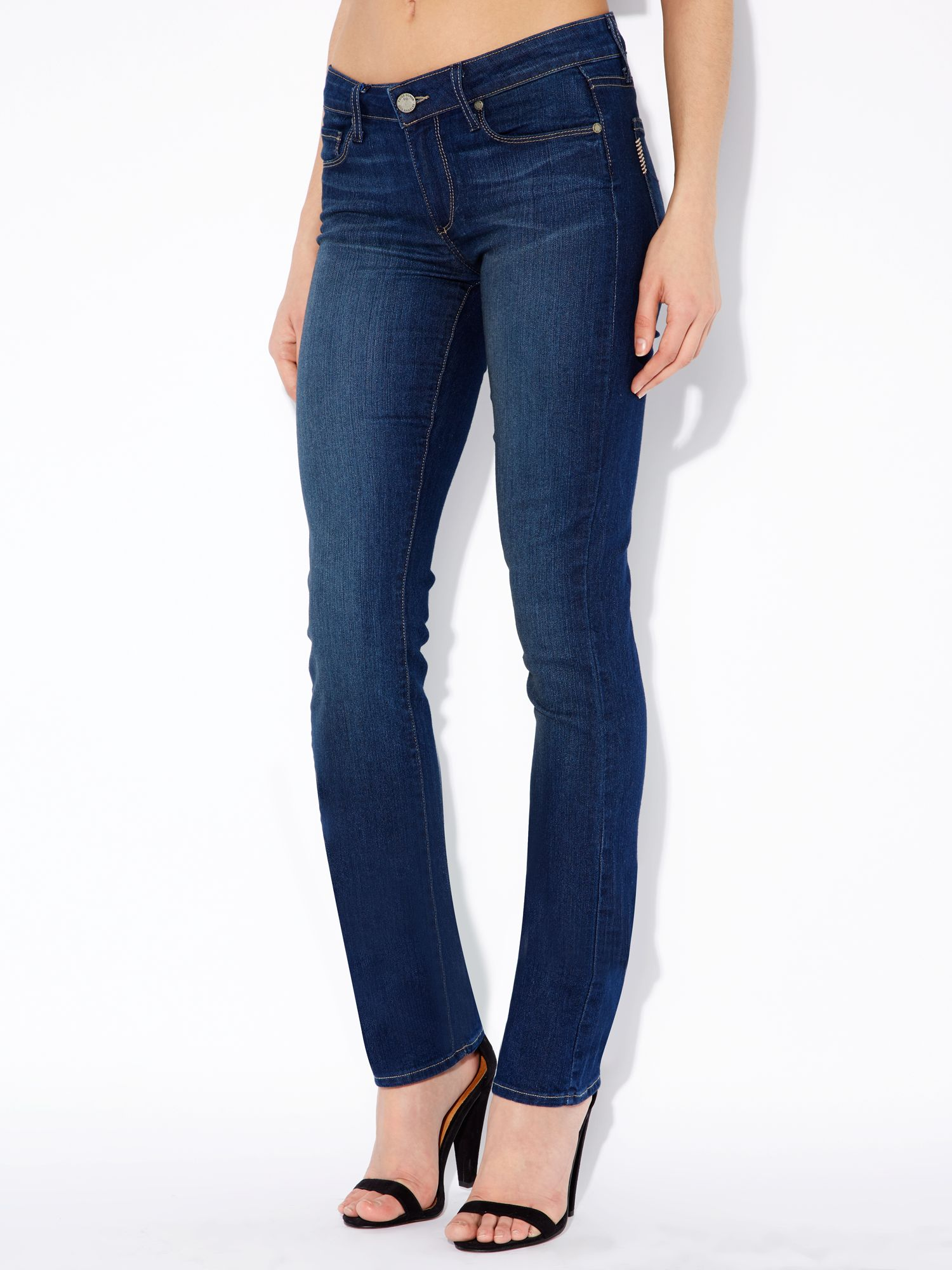Skyline mid rise straight leg jeans in Finnley