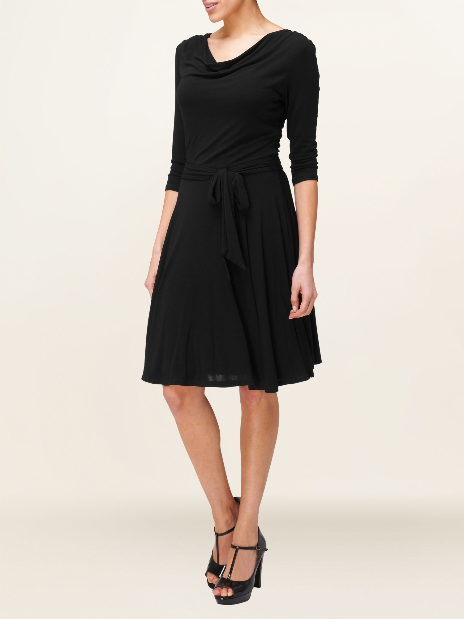 Swing dress with 3/4 sleeve
