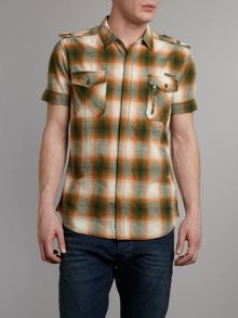 Short sleeve two pocket checked shirt