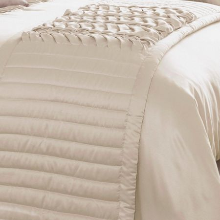 Kylie Minogue Felicity quilted runner champagne