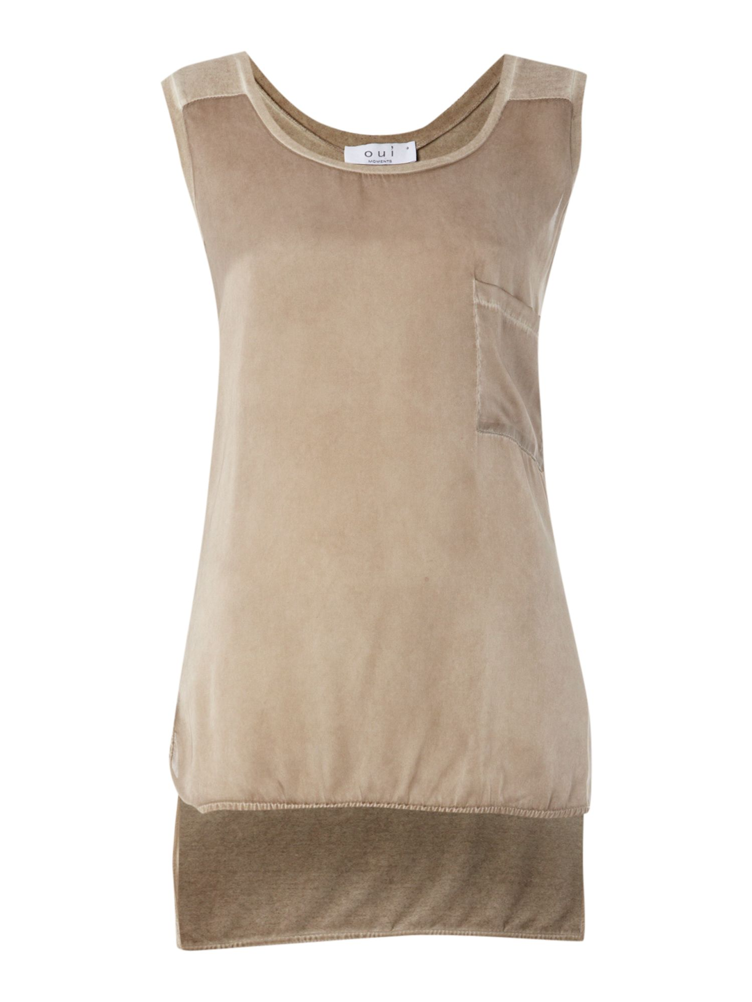 Sleeveless tank top with pocket