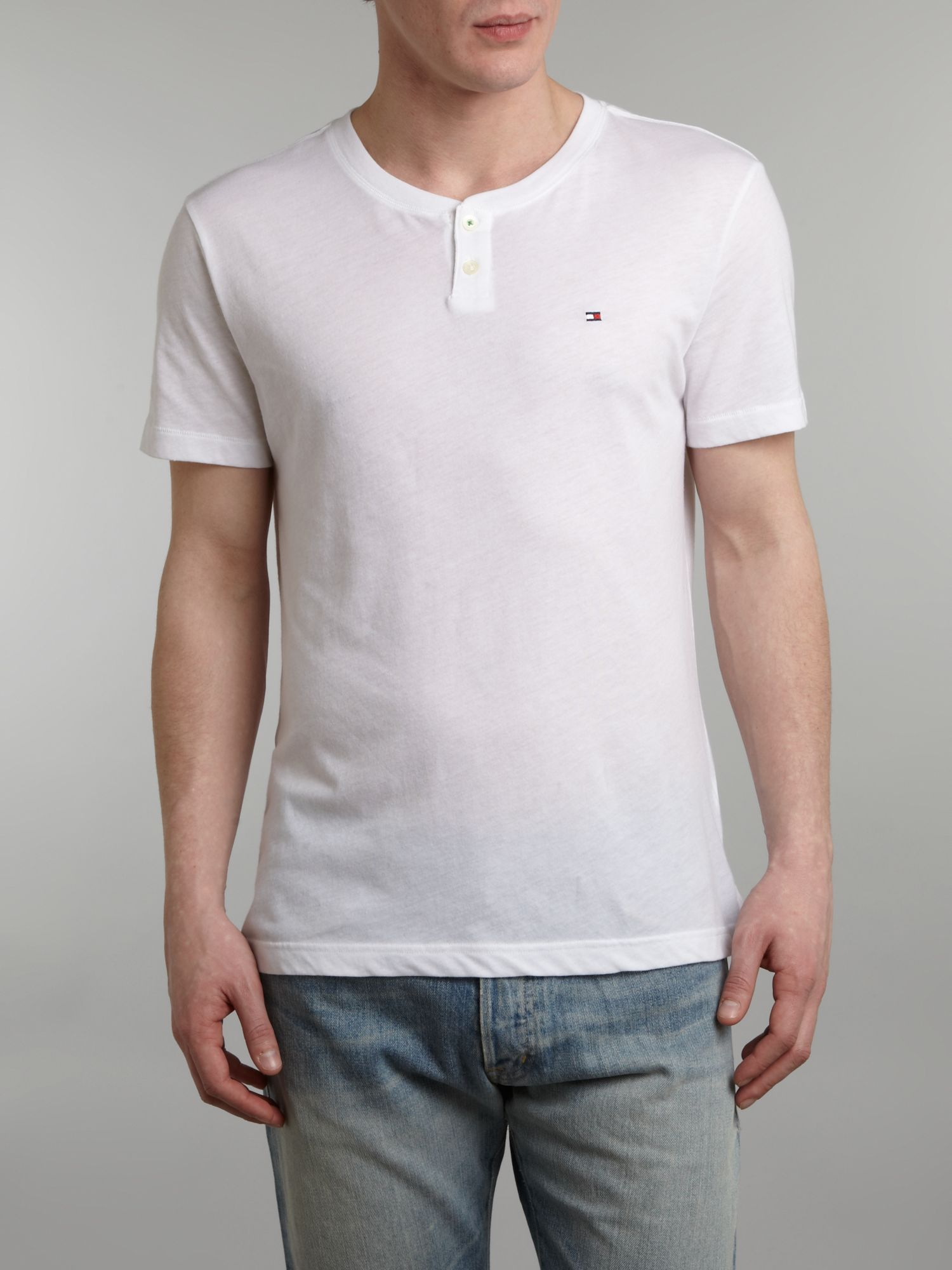 Short sleeve button neck tshirt