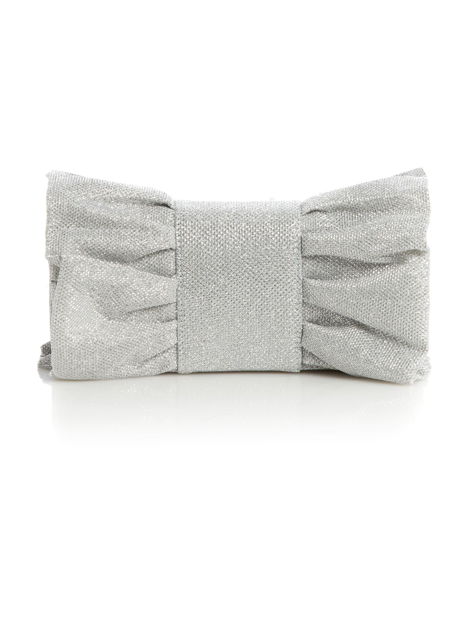 Metallic bow clutch