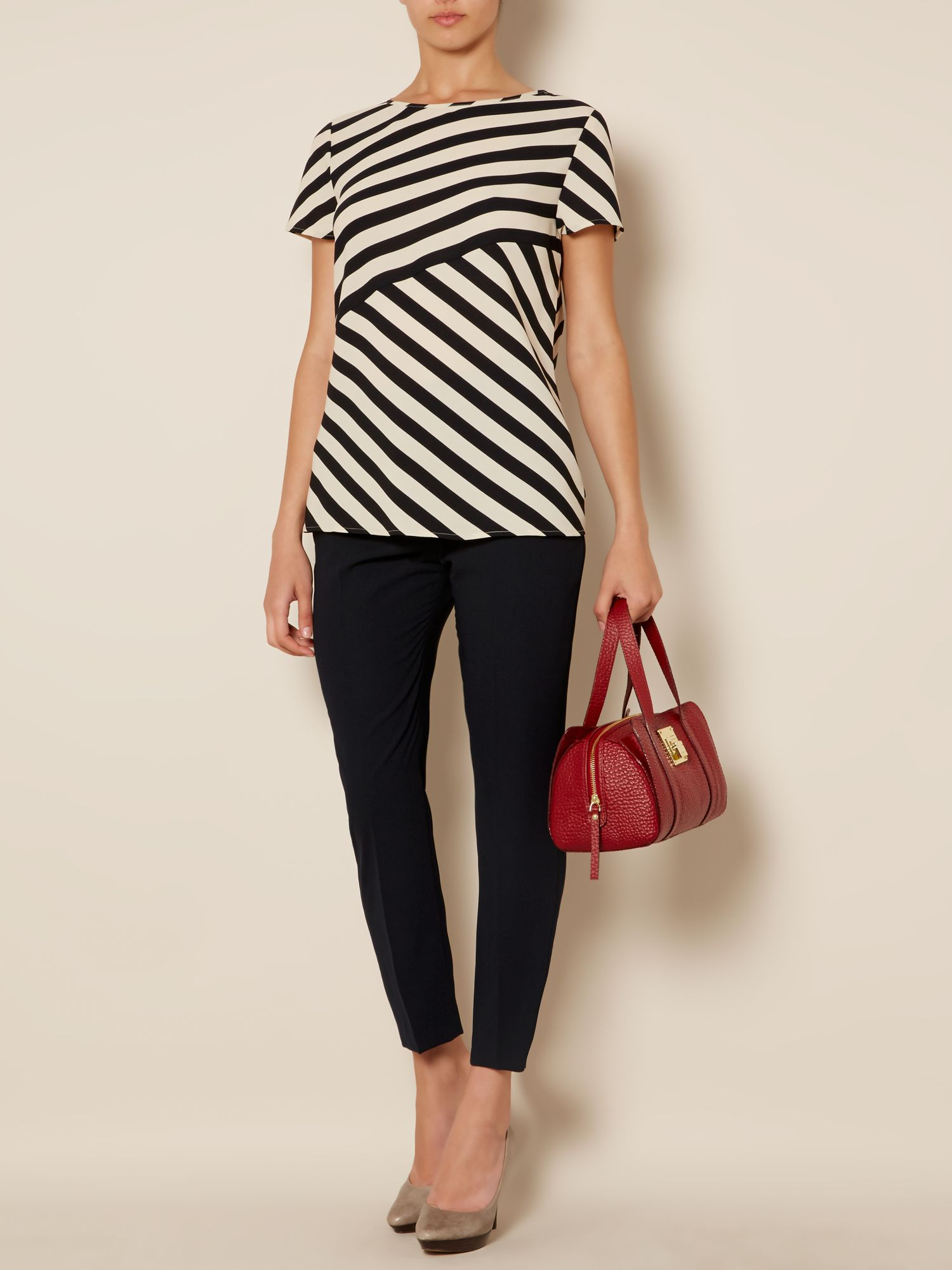 Wide cutabout t cut top
