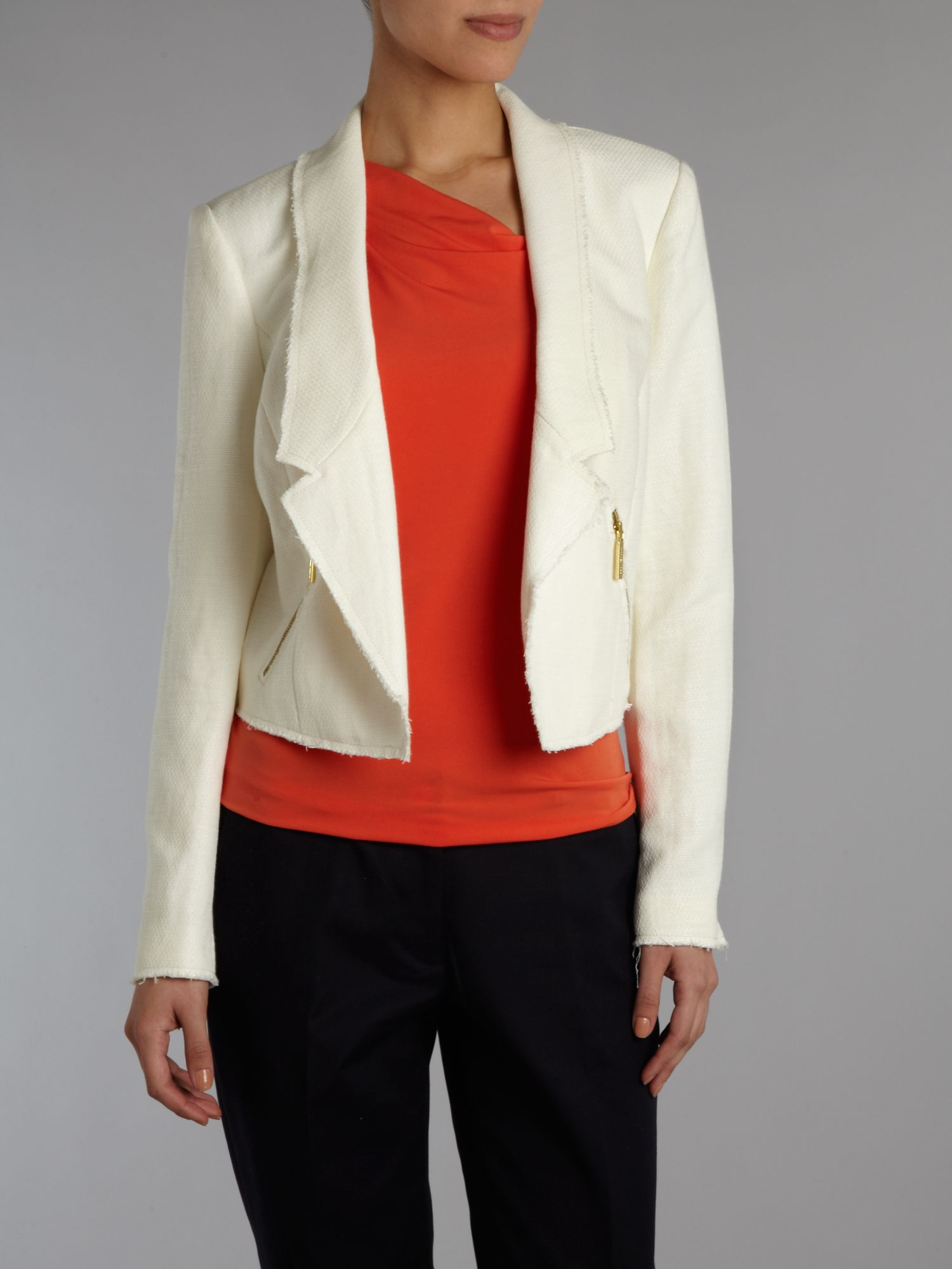 Cropped long sleeved jacket