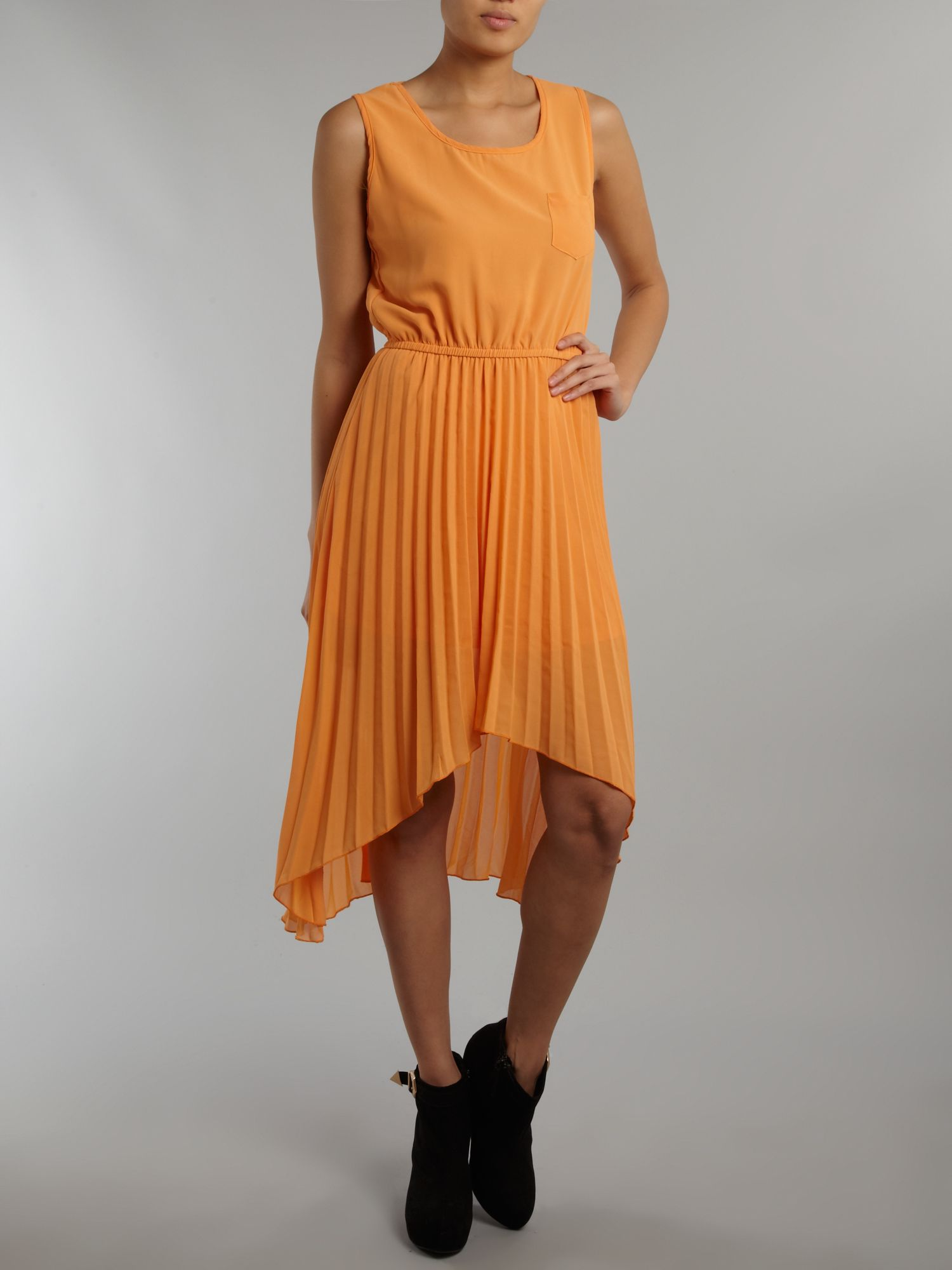 Dip hem midi dress