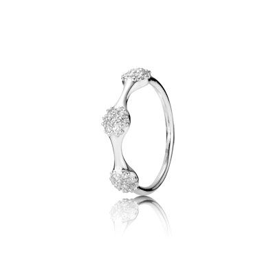 Three pod pavé diamond ring