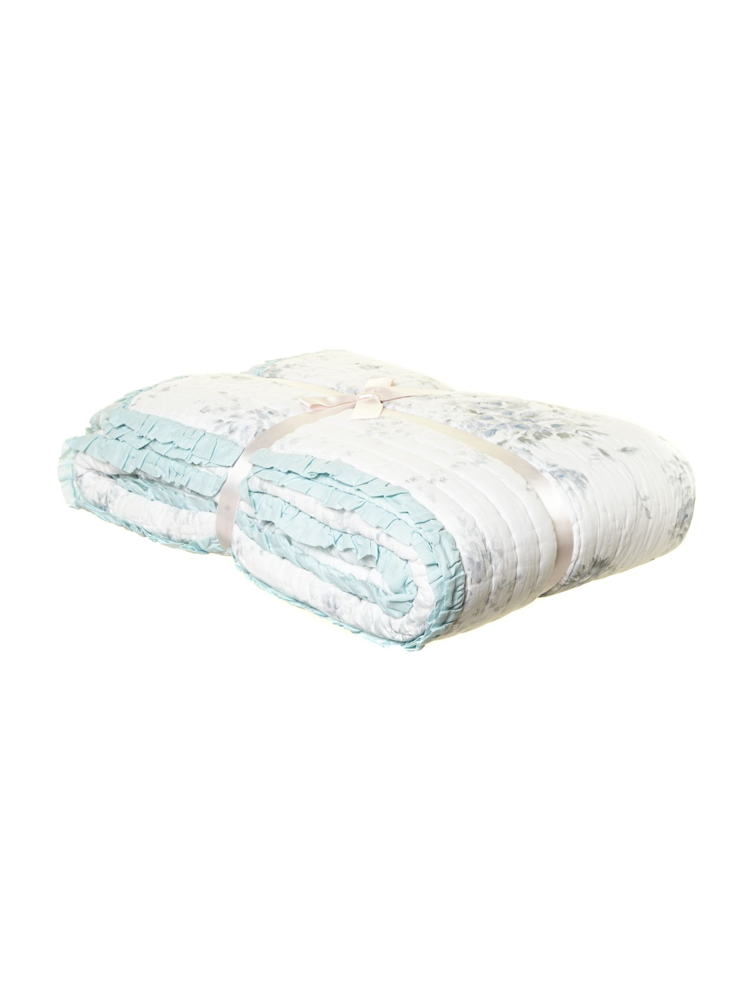 Blue rose quilted bedspread