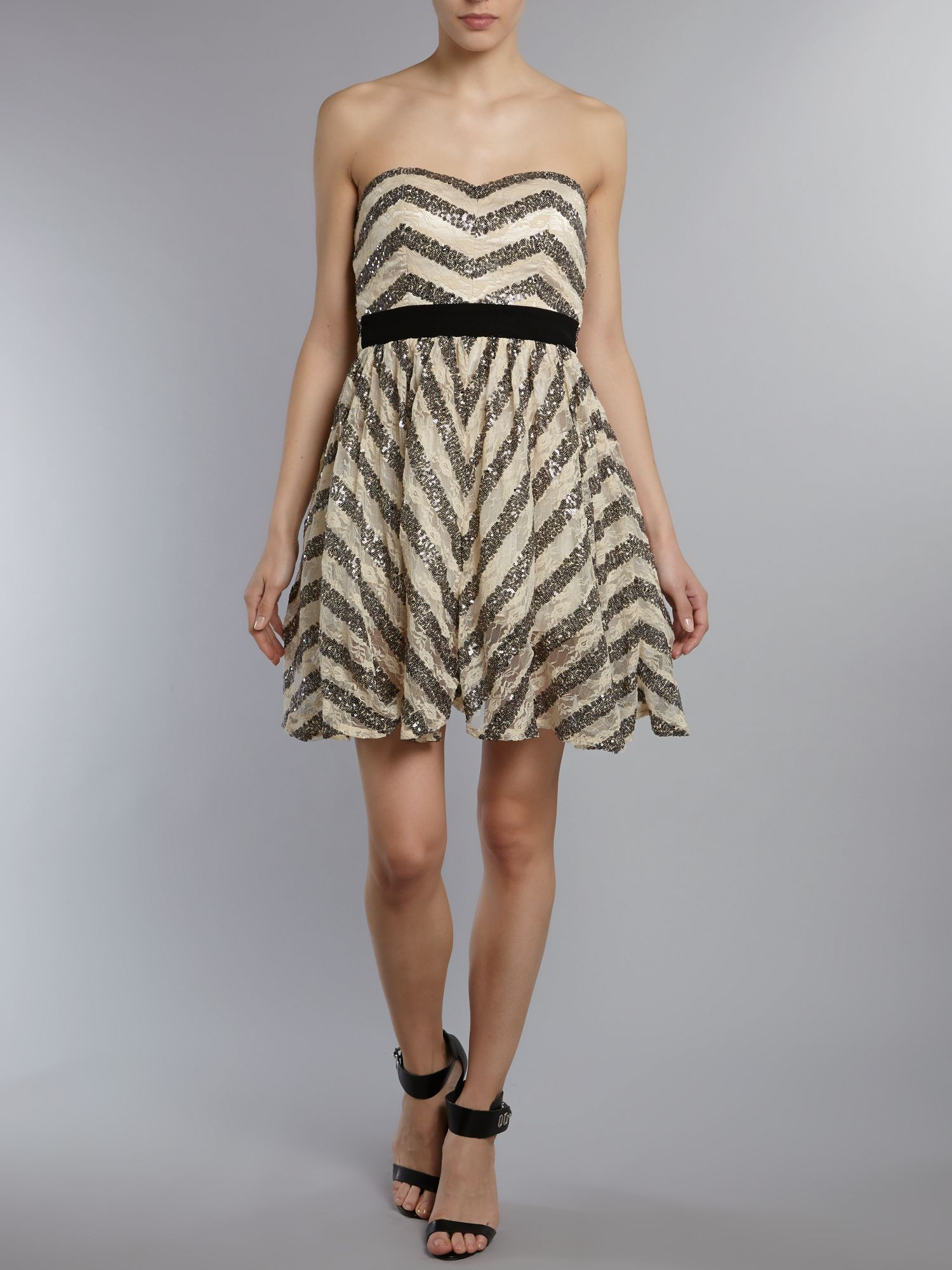 Zig zag pattern bandeau dress