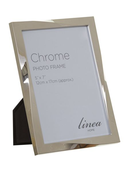 Linea Chrome plated twist design photo frame 5x7