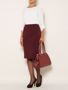 Stretch woven pencil skirt