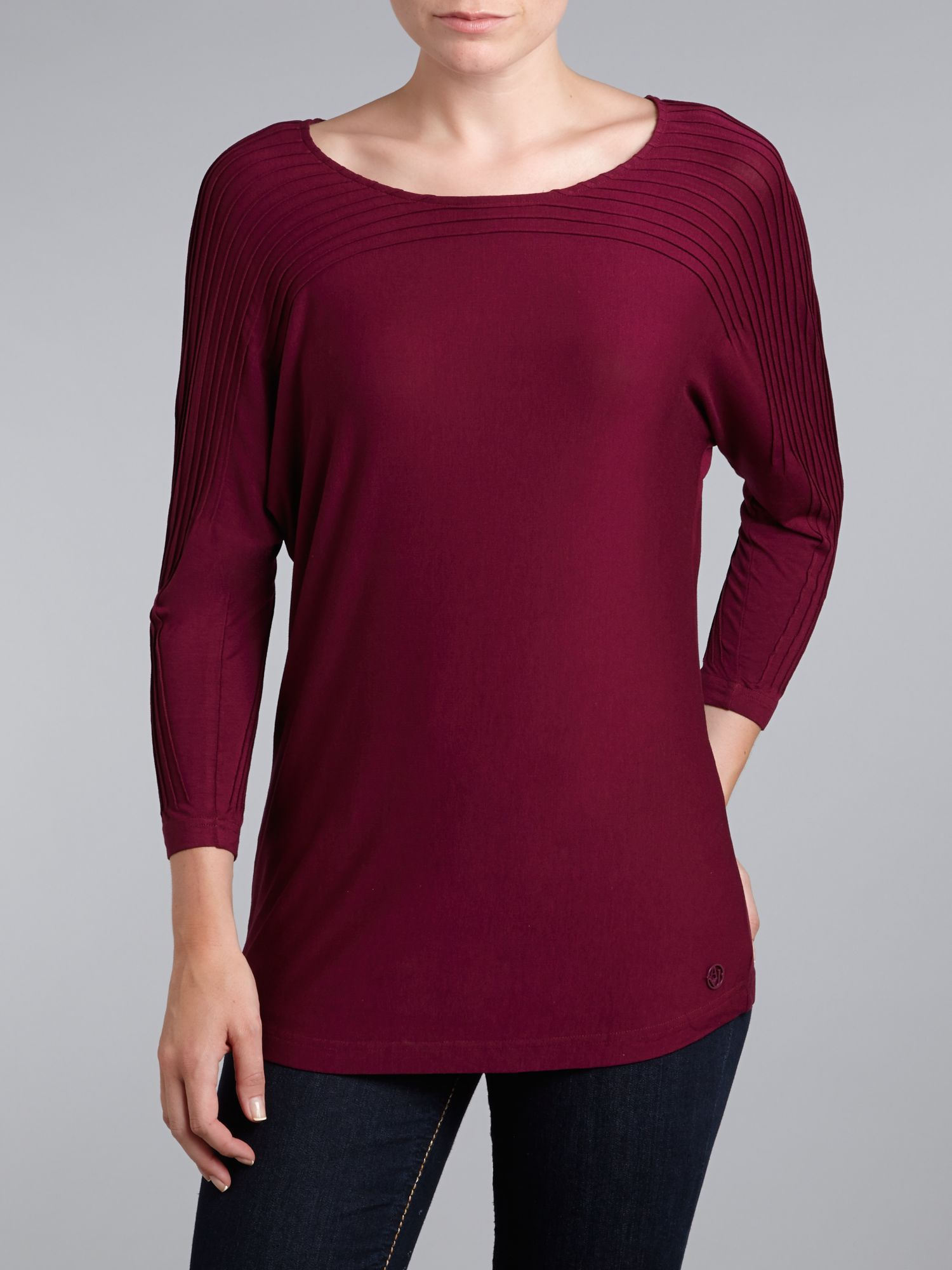 3/4 sleeve round neck jersey top