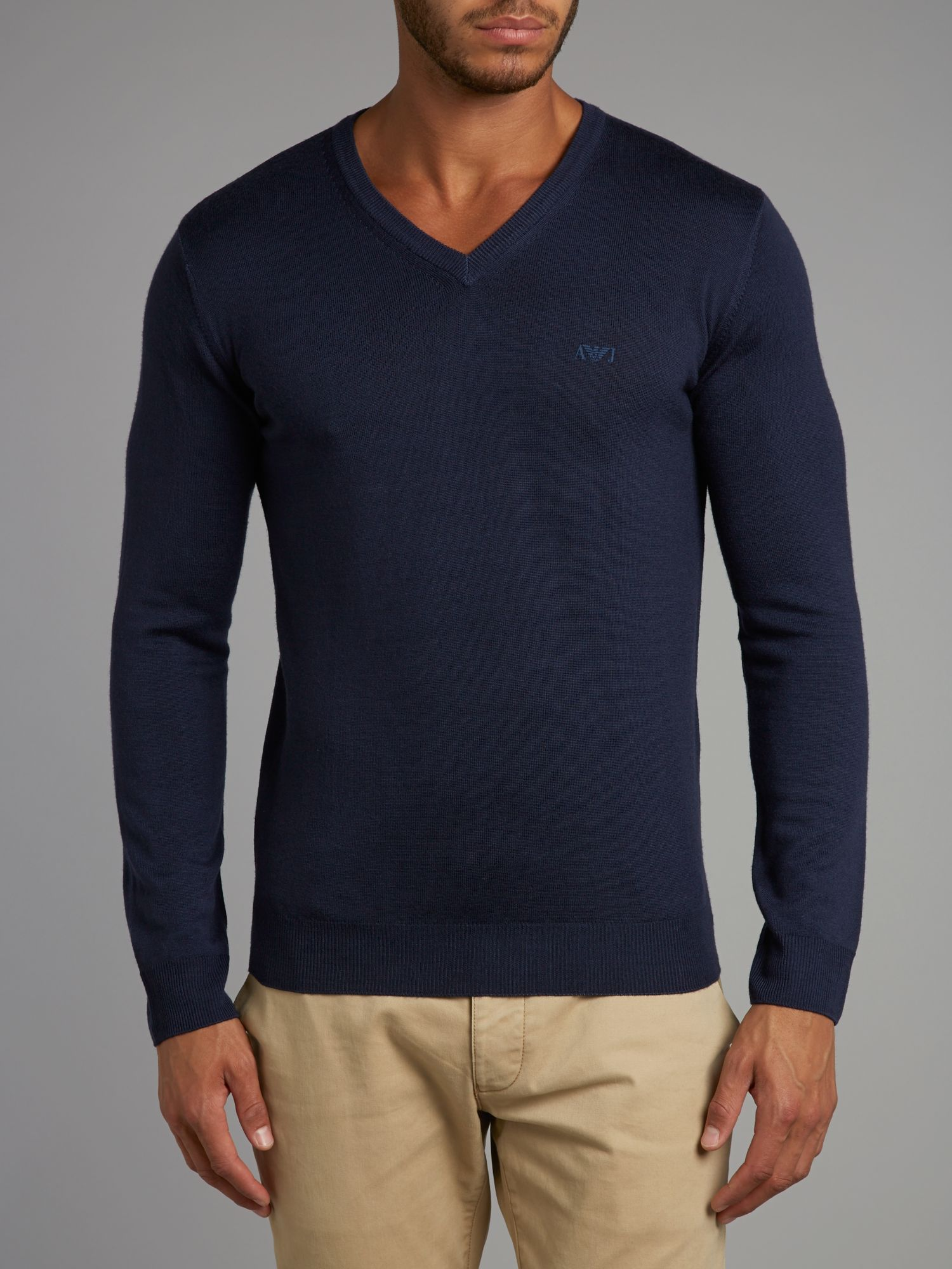 V neck wool knitwear