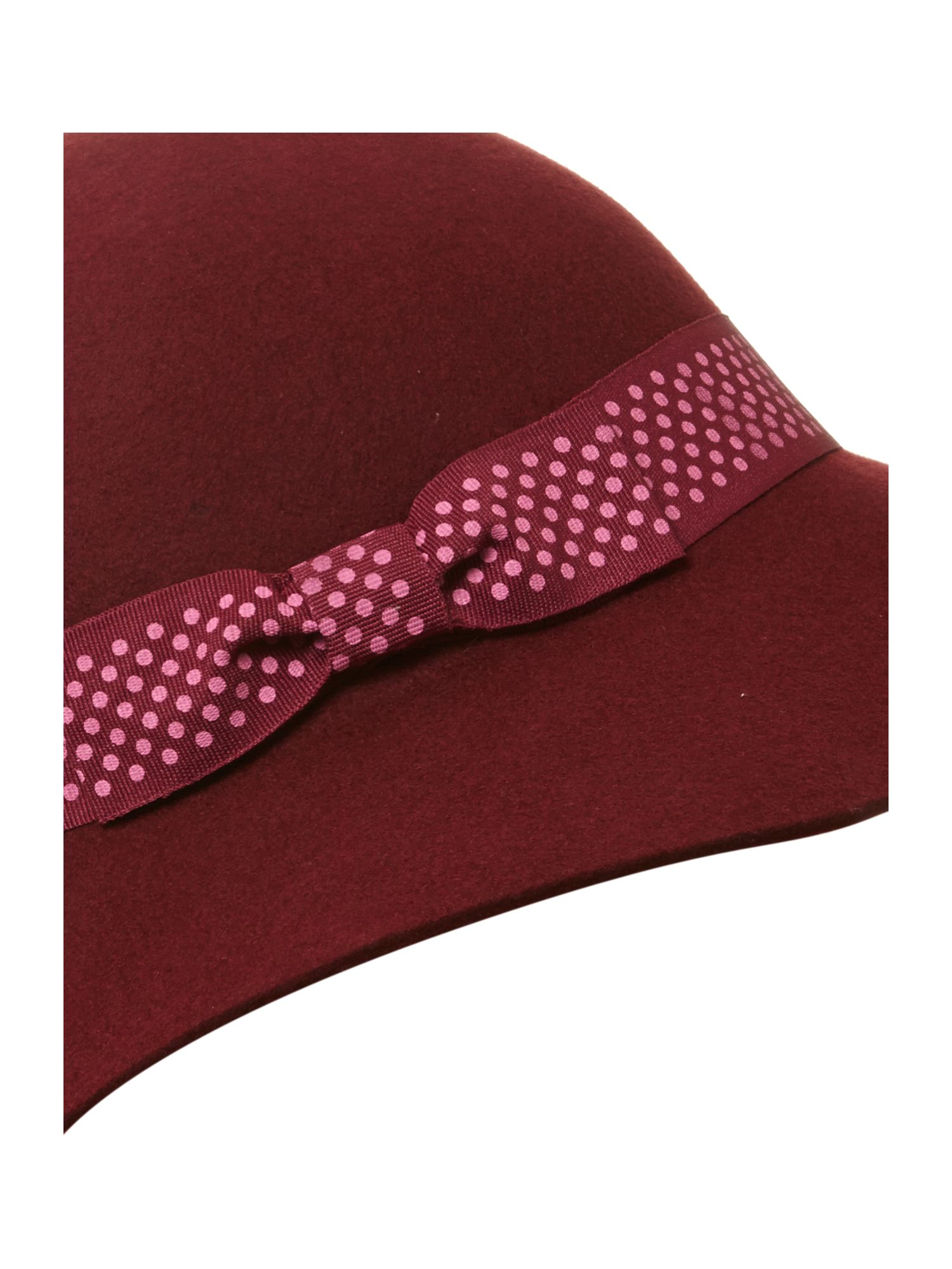 Floppy cloche with spotted trim