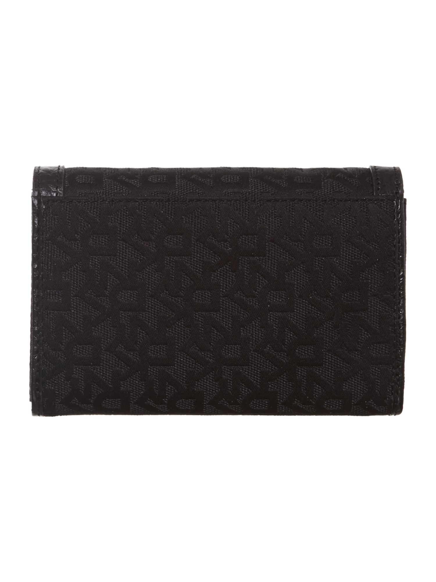 T&C french grain medium black flap over purse