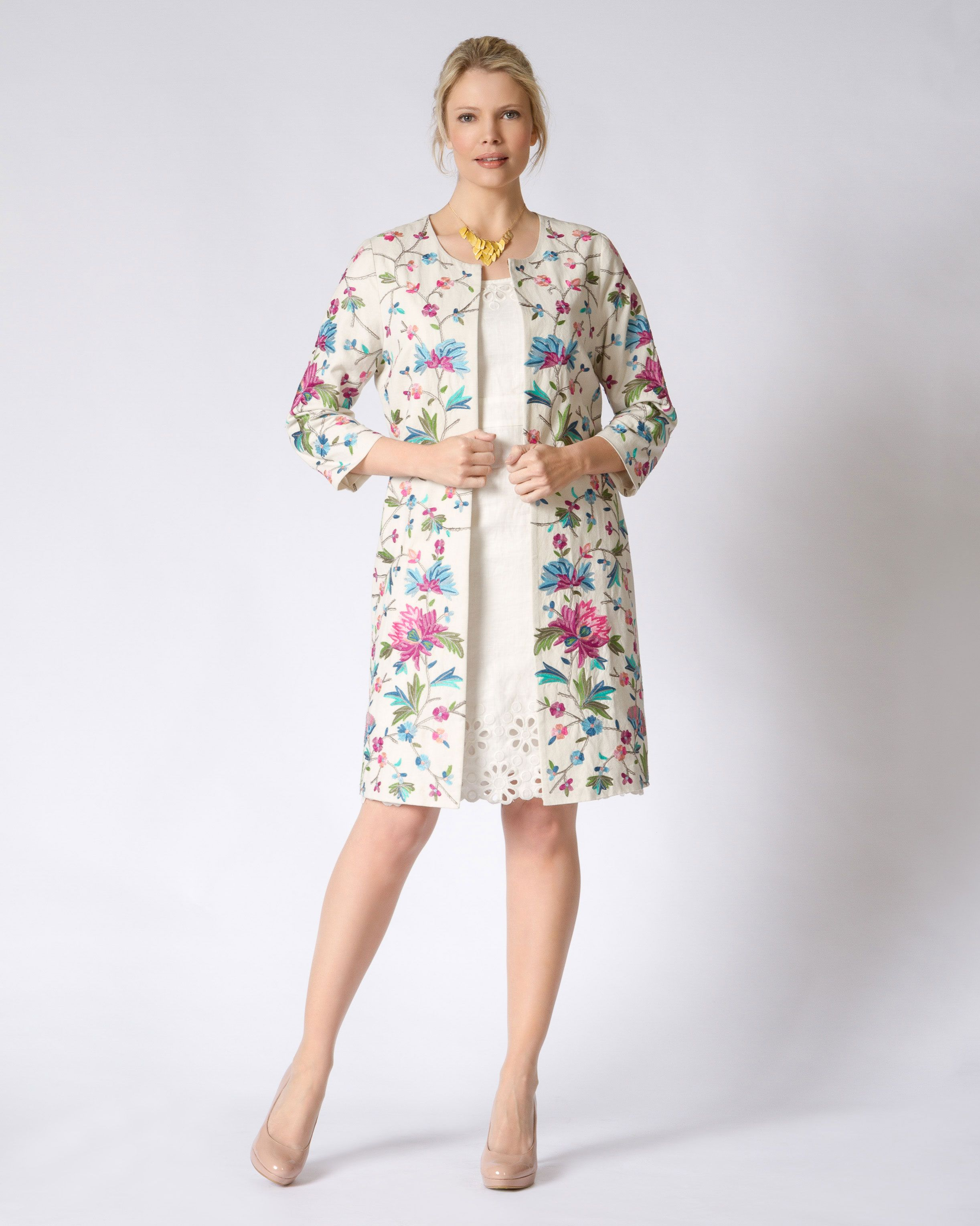 Flower embroidered coat