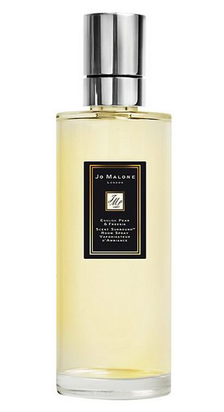 Jo Malone London English pear & freesia scent surround room spray