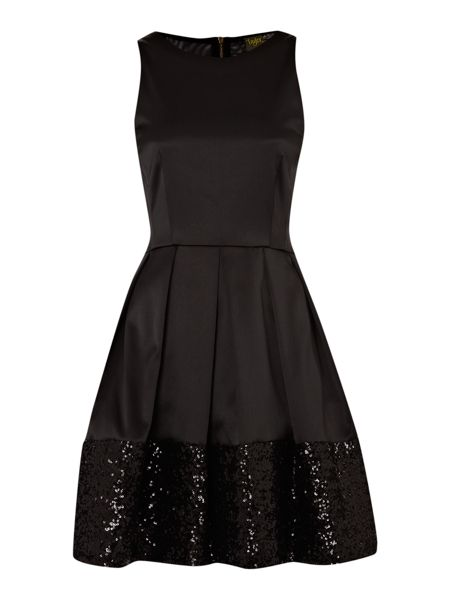 Untold Dress fit and flare