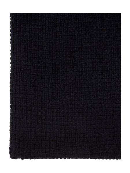 Linea Classic chenille throw, black