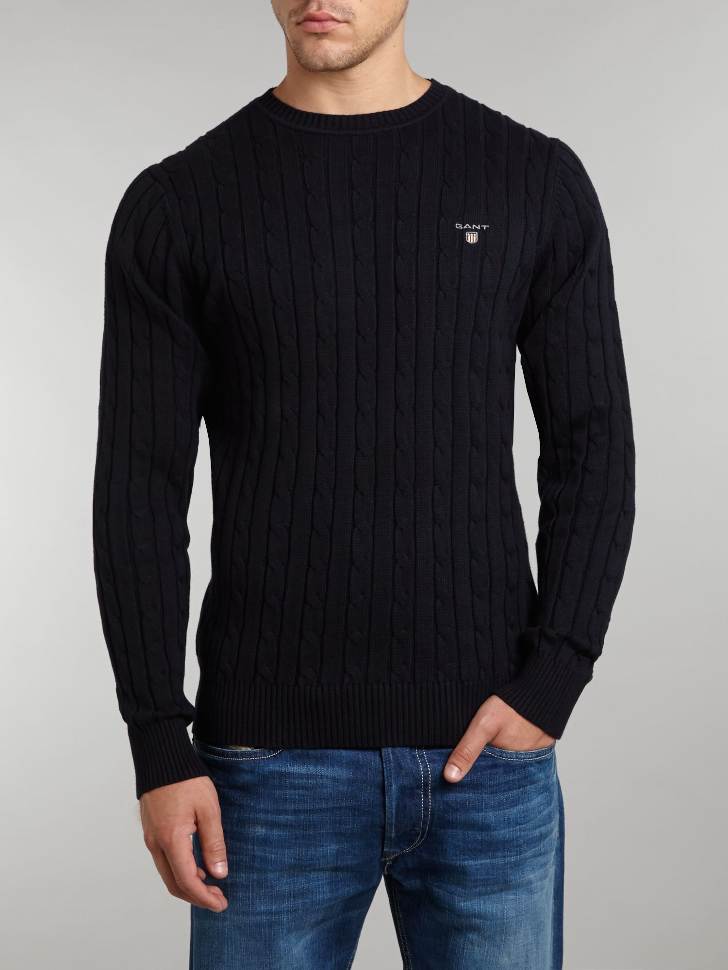 Crew neck cable knit jumper
