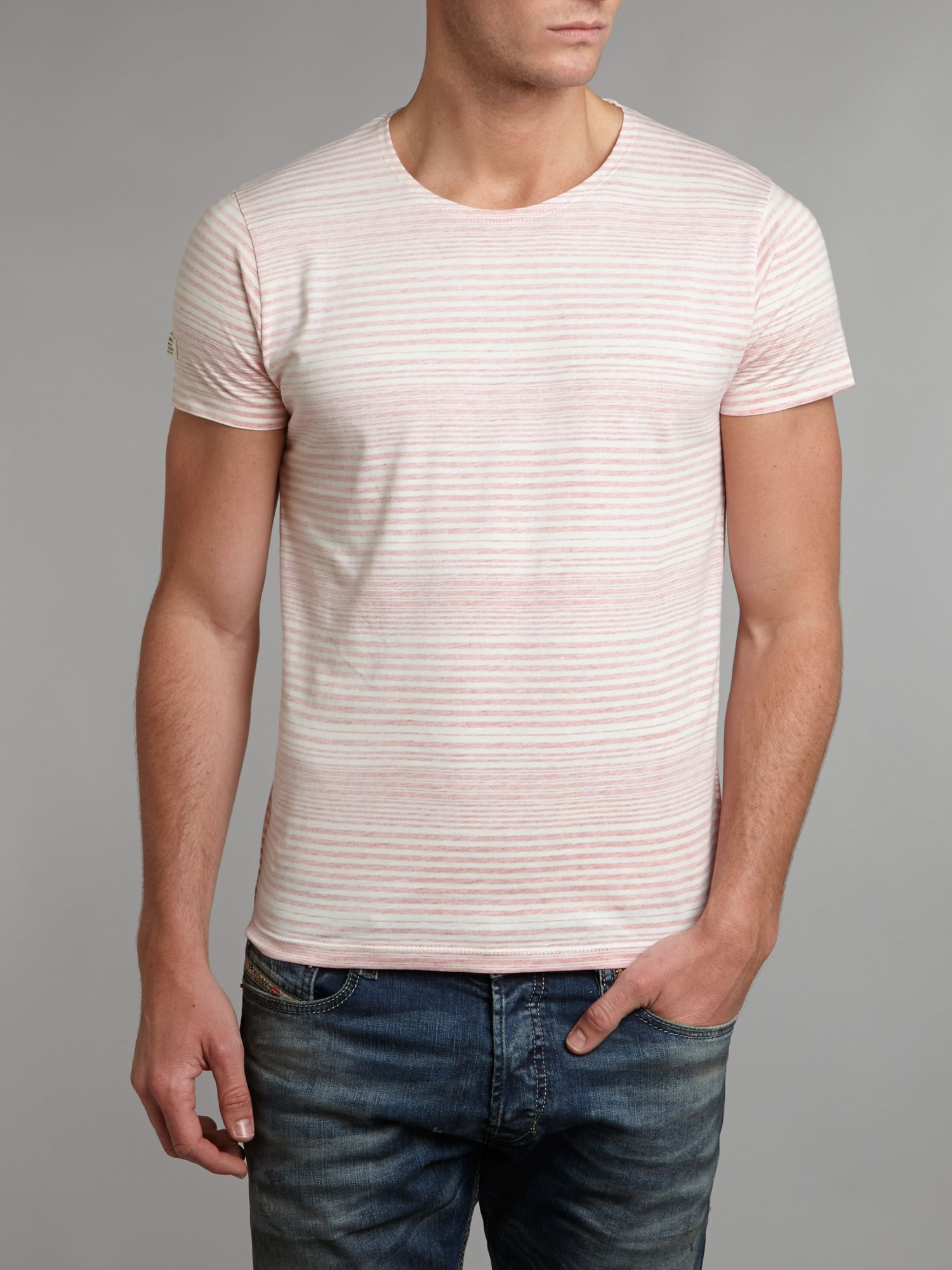 Short-sleeved stripe t-shirt