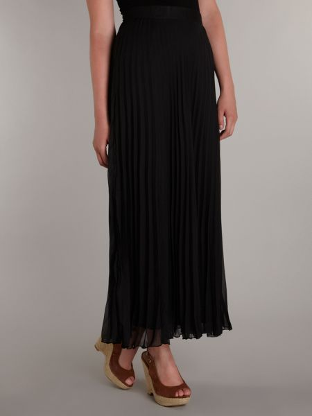 Sodamix Long ruffle maxi skirt