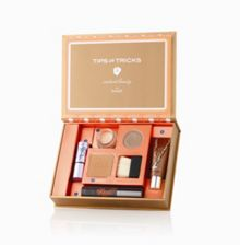 The Bronze of Champions Makeup Kit
