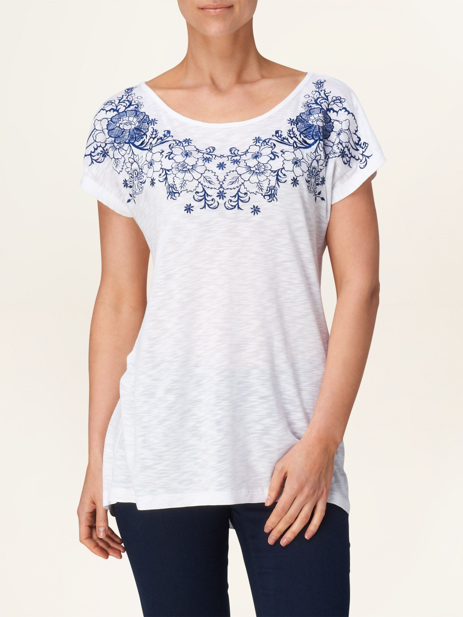 Maria embroidered t-shirt