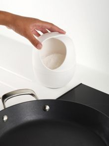 Ovi closable salt container - white
