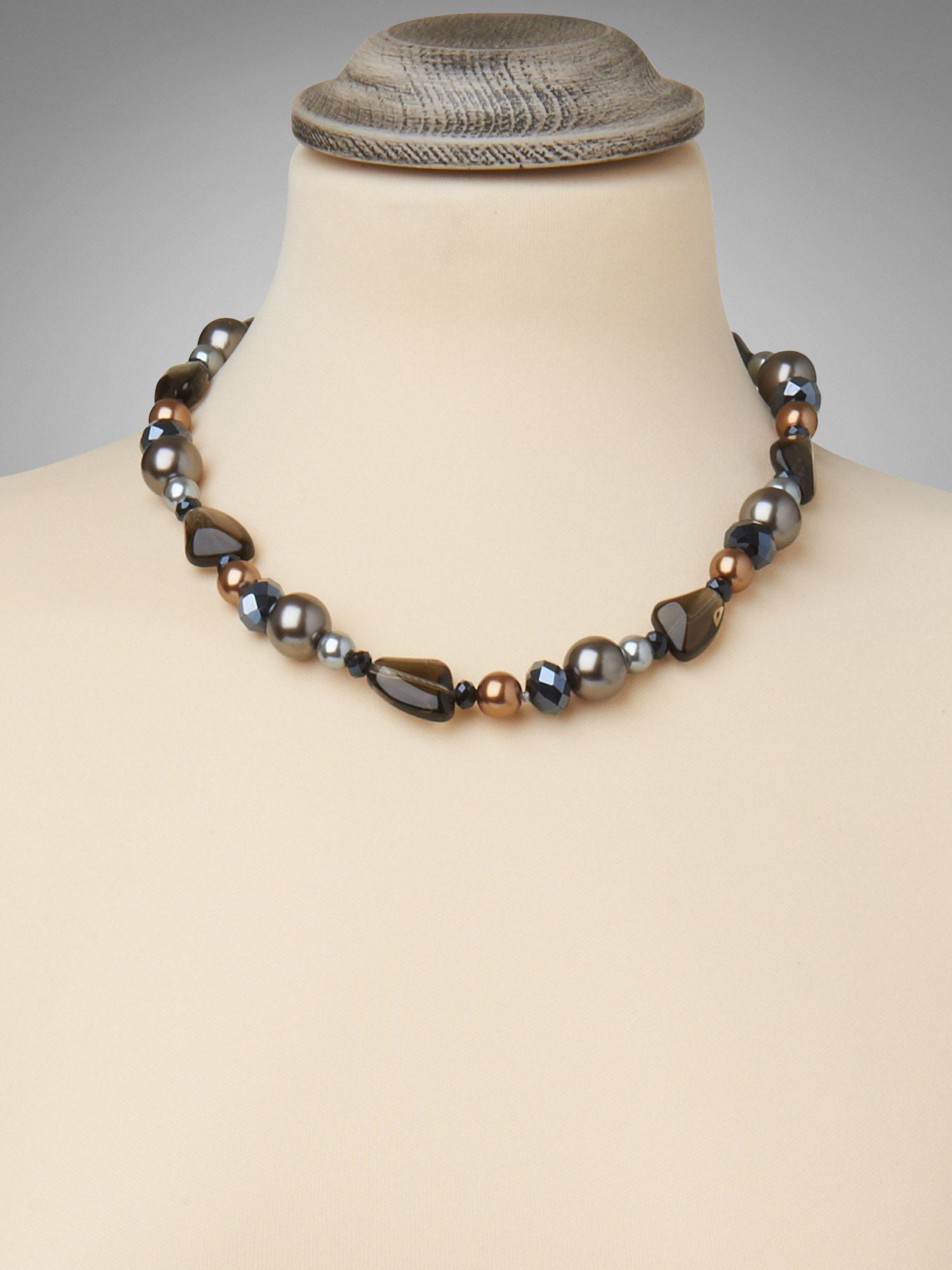 Billy mixed bead necklace