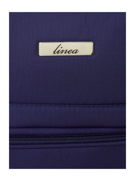 Linea All airline compliant navy cabin case