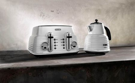 Delonghi Scultura Kettle White KBZ3001