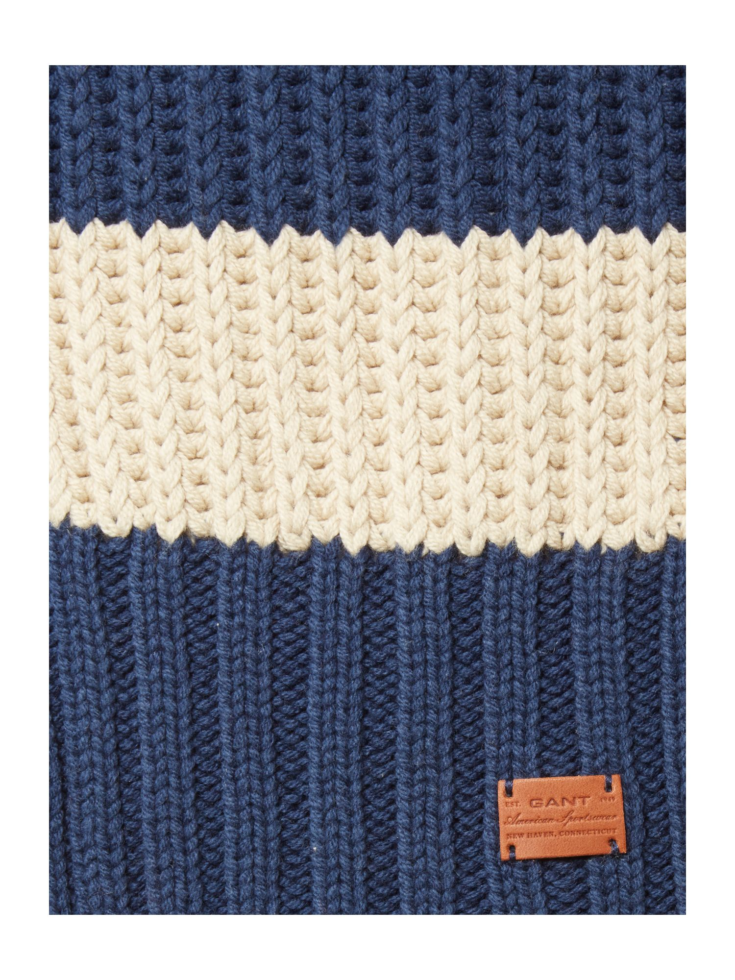 Boy`s fleece scarf