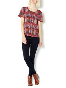 Abstract spot print shell top