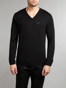 V-neck woollen knit