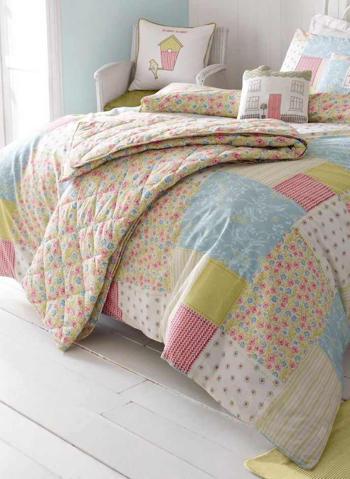 Luella Spring bed throw