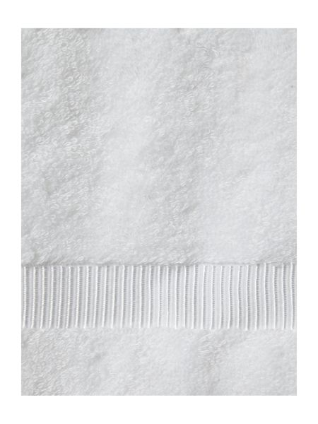 Luxury Hotel Collection Cotton Modal Face Cloth in White (Set of 4)